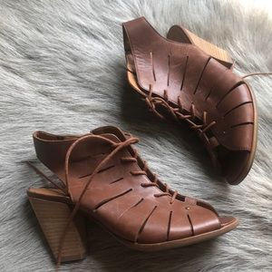 New Paul Green Cosmo brown sandals 4 6.5